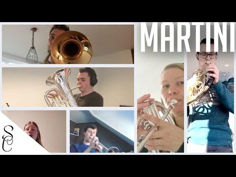 Muziekvereniging Sint Caecilia speelt de mars Martini