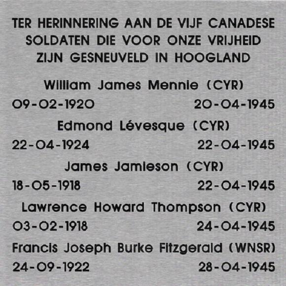Onthulling plaquette van 5 omgekomen Canadese soldaten in Hoogland