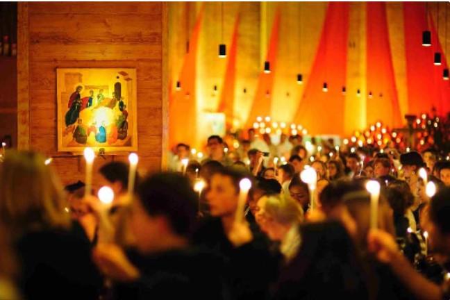 Een Taizé-gebedsviering in de Sint Martinuskerk